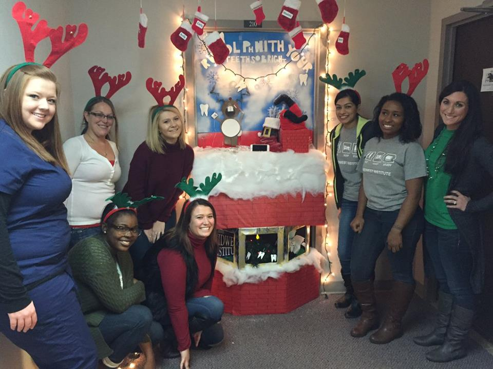 Annual Holiday Door Decorating Contest