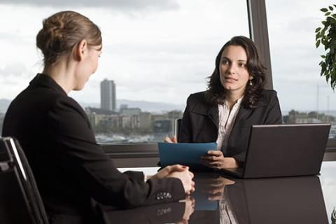 How to Give Uncommon Answers to Common Job Interview Questions